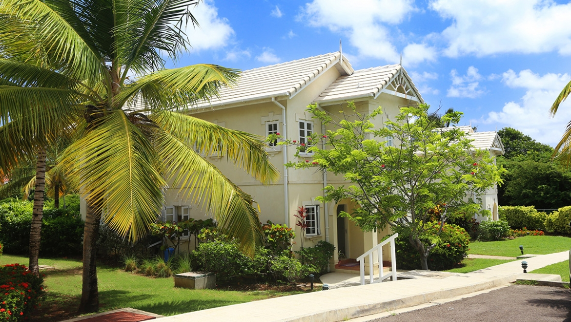 Villas On The Green (Three-Bed Furnished)